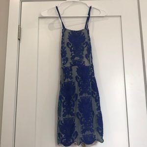 Dresses & Skirts - Blue floral dress